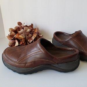 LL Bean Brown  Leather Slide-On Clog 9M